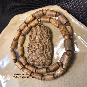 Bộ dây chuyền gỗ trầm hương - Phật Thiên Thủ Thiên Nhãn Quan Âm Bồ Tác dành cho người tuổi tý